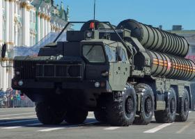 Η Μόσχα δεν σχεδιάζει να αναπτύξει νέους πυραύλους, εκτός αν αναπτύξουν οι ΗΠΑ - Κεντρική Εικόνα