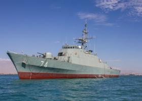 Το ιρανικό Πολεμικό Ναυτικό καθέλκυσε στον Κόλπο ένα «αόρατο» αντιτορπιλικό - Κεντρική Εικόνα