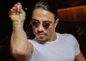 Λουκέτο 48 ωρών στο εστιατόριο του Salt Bae στη Μύκονο - «Ξέχασε» αποδείξεις 25.800 ευρώ - Κεντρική Εικόνα