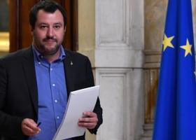Ιταλία: Οργή για την απόφαση Σαλβίνι να απομακρύνει τους μετανάστες από το Ριάτσε - Κεντρική Εικόνα
