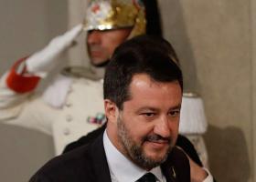 Ιταλία: Πρωτιά με μειωμένα ποσοστά για τη Λέγκα στις δημοσκοπήσεις - Κεντρική Εικόνα