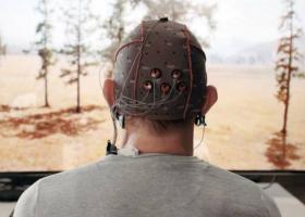 Η Samsung ετοιμάζει εγκεφαλικό τηλεκοντρόλ για άτομα με παράλυση - Κεντρική Εικόνα