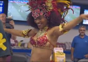 Πρακτορείο ΟΠΑΠ στο ρυθμό της... σάμπα (Video) - Κεντρική Εικόνα