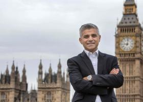 Σαντίκ Καν: Υπέρ της διεξαγωγής 2ου δημοψηφίσματος για το Brexit - Κεντρική Εικόνα