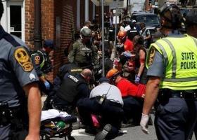 Ισόβια κάθειρξη για έγκλημα μίσους στον Νεοναζί που παρέσυρε διαδηλωτές στη Σάρλοτσβιλ της Βιρτζίνια σκοτώνοντας μια νεαρή γυναίκα - Κεντρική Εικόνα