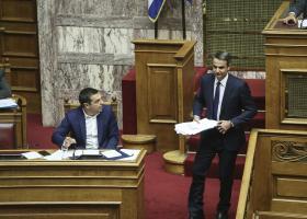 Handelsblatt: Ο Μητσοτάκης ακούει, ο Τσίπρας μάχεται - Κεντρική Εικόνα