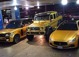 Δημοπρατεί 923 αυτοκίνητα λόγω χρέους - Κεντρική Εικόνα