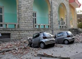 Δεκάδες τραυματίες και σοβαρές υλικές ζημιές από τον ισχυρό σεισμό στην Αλβανία (video) - Κεντρική Εικόνα