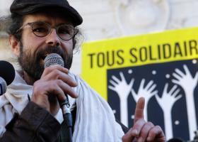 Γαλλία: Ο Σεντρίκ Ερού δηλώνει πως «θα συνεχίσει να αγωνίζεται» - Κεντρική Εικόνα