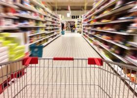 Άμεση μείωση τιμών μετά την αναπροσαρμογή του ΦΠΑ υποσχέθηκαν τα σουπερμάρκετ - Κεντρική Εικόνα