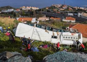 Βίντεο - ντοκουμέντο από την στιγμή της πτώσης του λεωφορείου στην Πορτογαλία - Κεντρική Εικόνα