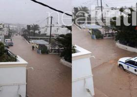 Βάρκες επιστράτευσαν οι κάτοικοι της Σητείας για να μετακινηθούν εντός πόλης (photos) - Κεντρική Εικόνα