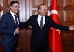 Τσαβούσογλου: Η Τουρκία αναγνωρίζει τη «Μακεδονία» με τη συνταγματική της ονομασία - Κεντρική Εικόνα