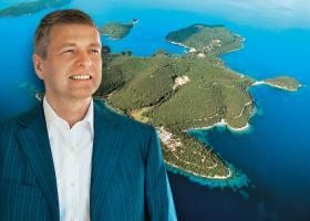 Το σχέδιο Ριμπολόβλεφ για Σκορπιό: Το πρώτο πολυτελές συγκρότημα καταλυμάτων στην Ελλάδα - Κεντρική Εικόνα