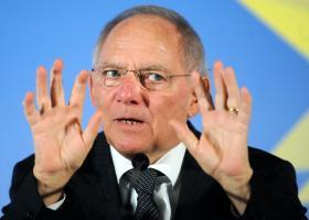 Handelsblatt: Κίνηση τακτικής οι δηλώσεις Σόιμπλε περί ΔΝΤ  - Κεντρική Εικόνα