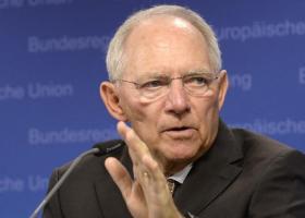 Ο Σόιμπλε συμφωνεί με την πρόταση του ESM για το ελληνικό χρέος  - Κεντρική Εικόνα
