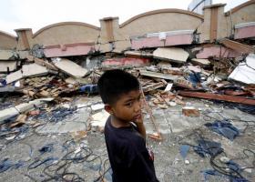 Ινδονησία: Νεκροί και χιλιάδες εκτοπισμένοι από τις σαρωτικές πλημμύρες - Κεντρική Εικόνα