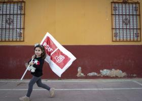 Ισπανία: Σταθερά πρώτοι οι Σοσιαλιστές, σύμφωνα με δημοσκόπηση της El Mundo - Κεντρική Εικόνα