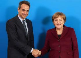 Spiegel: Ο Κυριάκος Μητσοτάκης δεν θα ζητήσει βοήθεια από τη Μέρκελ - Κεντρική Εικόνα