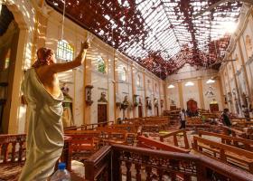 Σρι Λάνκα: Ένα ζευγάρι Ισπανών μεταξύ των νεκρών και τουλάχιστον τέσσερις Αμερικανοί - Κεντρική Εικόνα