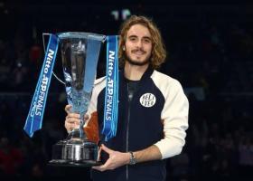 Πόσα χρήματα έχει κερδίσει από το τένις ο Στέφανος Τσιτσιπάς - Περισσότερα από 2,6 εκατ. δολάρια μόνο από το ATP Finals - Κεντρική Εικόνα