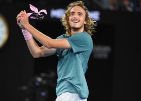 Ποσό που «ζαλίζει» κέρδισε ο Τσιτσιπάς από τη συμμετοχή του στο Australian Open - Κεντρική Εικόνα