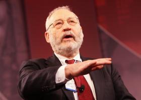 Ο Τζόζεφ Στίγκλιτς προειδοποιεί για τη μανία με το bitcoin - Κεντρική Εικόνα