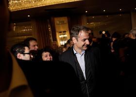Μητσοτάκης σε Βέμπερ: Οι γραβάτες στην Ελλάδα έχουν πλέον πολιτικό συμβολισμό - Κεντρική Εικόνα