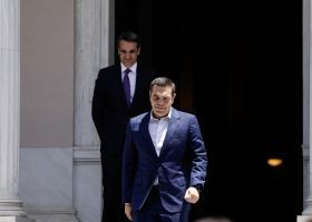 Διεύρυνση της «ψαλίδας» ΝΔ - ΣΥΡΙΖΑ δείχνει νέα δημοσκόπηση - Κεντρική Εικόνα