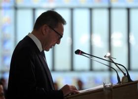 Στουρνάρας: Αποδίδουν καρπούς οι προσπάθειες μείωσης των NPLs - Κεντρική Εικόνα