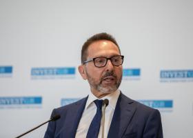 Στουρνάρας: Δεν αρκεί το σχέδιο «Ηρακλής» για την αντιμετώπιση των κόκκινων δανείων - Κεντρική Εικόνα