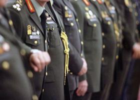 «Κούρεμα» έως και 1.000 ευρώ σε συντάξεις στρατιωτικών και δικαστικών - Κεντρική Εικόνα