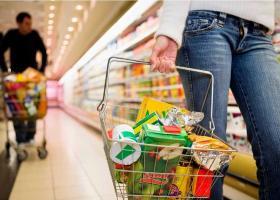 Σούπερ μάρκετ δίνει μισοτιμής τρόφιμα την «Μαύρη Παρασκευή» - Κεντρική Εικόνα