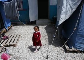 Ύπατη Αρμοστεία: Το 75% από τα παιδιά πρόσφυγες στα νησιά δεν πάνε σχολείο - Κεντρική Εικόνα