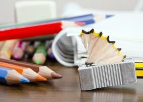 Η «ιδιωτική ετικέτα» ρίχνει στο μισό το κόστος της μαθητικής τσάντας - Κεντρική Εικόνα