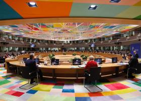 Σύνοδος ΕΕ: Έκλεισε η συμφωνία για το Σχέδιο Ανάκαμψης - Κεντρική Εικόνα