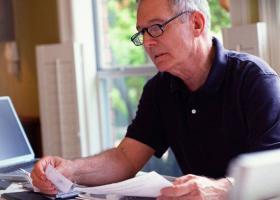 Τι πρέπει να ξέρουν οι συνταξιούχοι για τα αναδρομικά - Τα μυστικά και οι παγίδες - Κεντρική Εικόνα