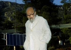 «Έφυγε» πλήρης ημερών ο μεγάλος Έλληνας γλύπτης Takis - Κεντρική Εικόνα