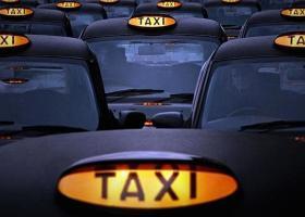 Δικαίωση για τους οδηγούς ταξί - Τι θα ισχύσει για Uber και Taxibeat - Κεντρική Εικόνα