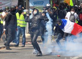Επεισοδιακή η πορεία της Εργατικής Πρωτομαγιάς στο Παρίσι - Κεντρική Εικόνα