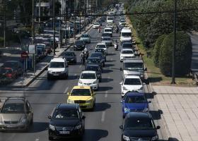 ΑΑΔΕ: Απαντήσεις σε επτά ερωτήσεις για τα τέλη κυκλοφορίας - Κεντρική Εικόνα