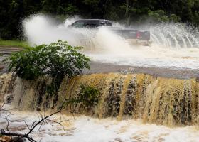 Ο πρόεδρος Τραμπ θα επισκεφθεί θύματα των πλημμυρών στο Τέξας και στη Λουιζιάνα - Κεντρική Εικόνα