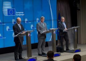 ESM - Eurogroup: Η Ελλάδα μπορεί τώρα να σταθεί στα πόδια της - Κεντρική Εικόνα