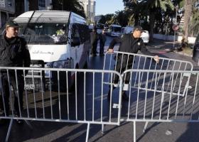 Τυνησία: Πέντε τραυματίες από επίθεση καμικάζι βομβιστή στην Τύνιδα - Κεντρική Εικόνα