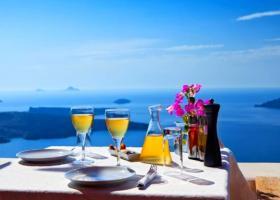 «Καμπανάκι» στον ελληνικό τουρισμό από τη μείωση των Γερμανών τουριστών - «Αιμορραγία» προς Τουρκία - Κεντρική Εικόνα