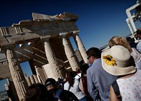 Δημοσιεύτηκε η ΠΝΠ για τον τουρισμό - Τι ισχύει με τις ακυρώσεις ταξιδιών - Κεντρική Εικόνα