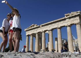 Αύξηση του κύκλου εργασιών στα τουριστικά γραφεία - Κεντρική Εικόνα
