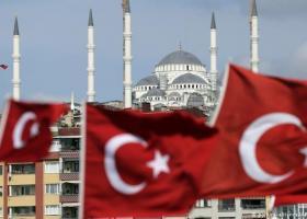 Γερμανικός Τύπος: «H Toυρκία στα πρόθυρα της κατάρρευσης» - Κεντρική Εικόνα