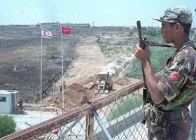 Κύπρος: Σύλληψη δύο Ελληνοκυπρίων από τον κατοχικό στρατό - Κεντρική Εικόνα