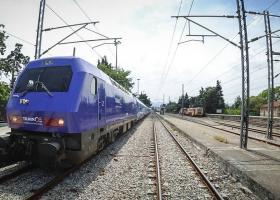 ΤΡΑΙΝΟΣΕ: Καθυστερήσεις στα δρομολόγια των τρένων λόγω φωτιάς - Κεντρική Εικόνα